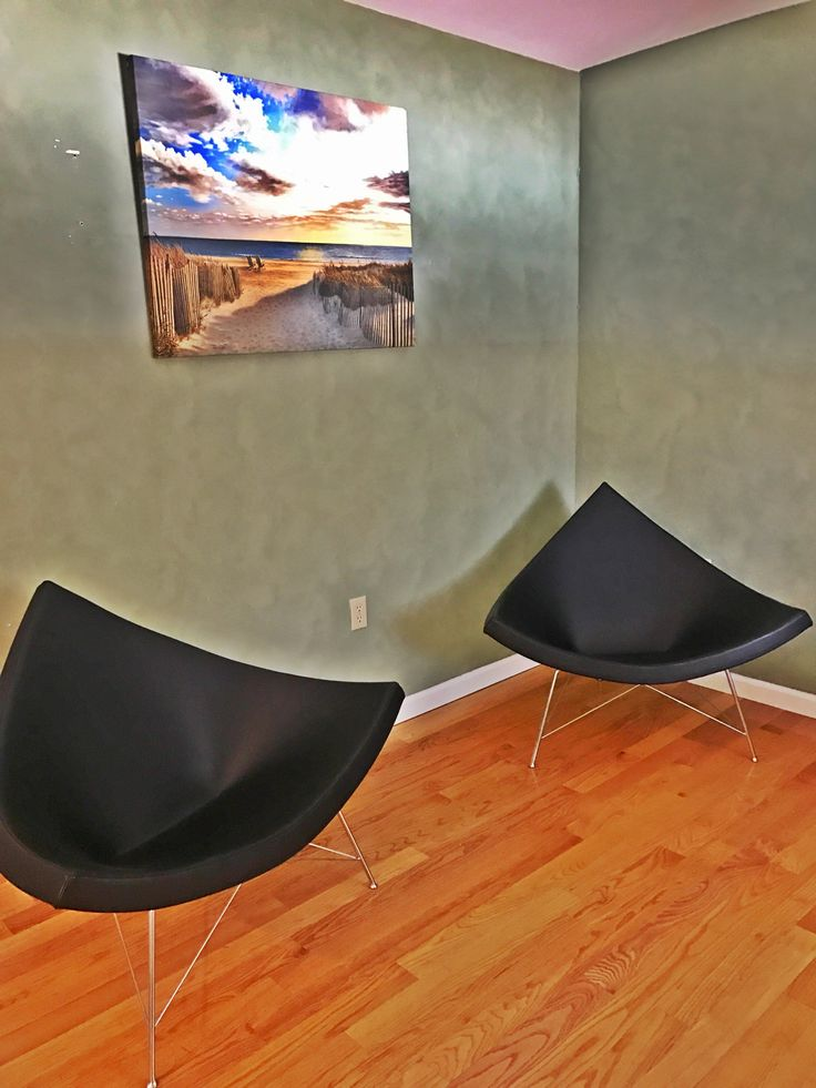My new George Nelson Coconut chair black leather. Mid century Design
