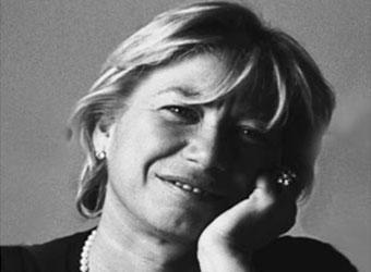 Carlotta de Bevilacqua's bio here ! One of the most prolific designers in the Artemide designers team. Discover her work.