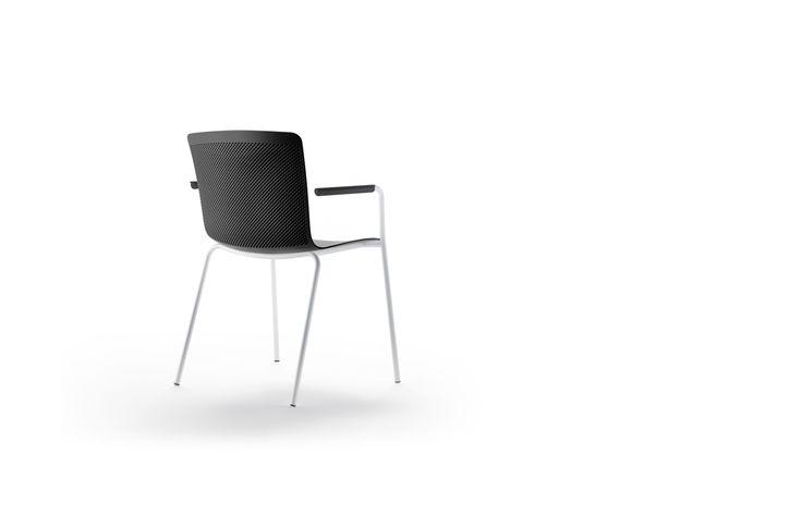 Glove  Forma5 Glove, een bezoekersstoel van PLAN@OFFICE ontworpen door Forma 5 door Josep Lluscà.