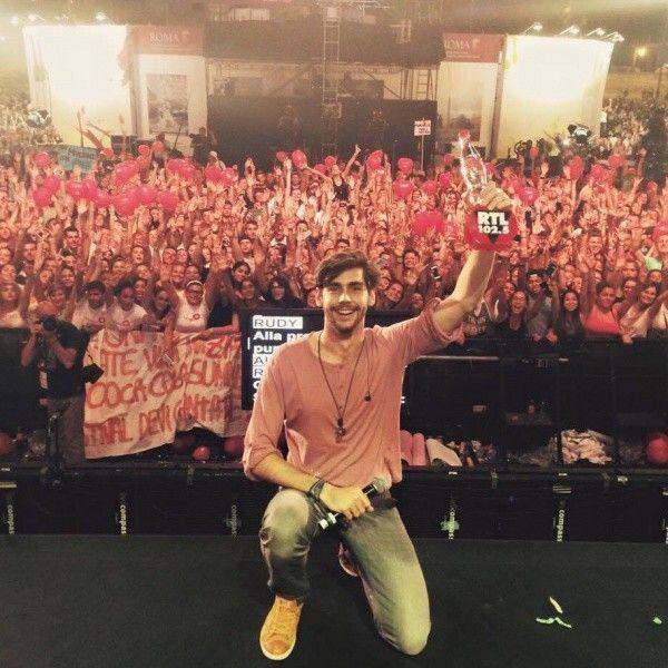 "Alvaro Soler - Winner 2nd stage ""El mismo sol"""