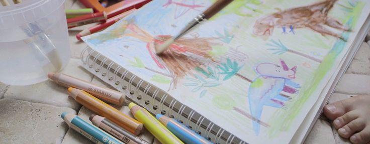 STABILO woody 3 in 1 è matita colorata, pastello a cera, acquarello tutto in 1 ed è disponibile in 18 colori. La mina XXL è antirottura.