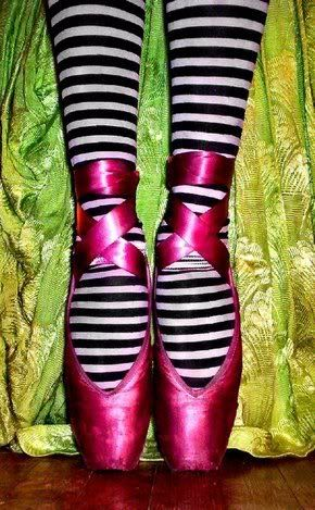 Funky Ballet.: Fashion Shoes, Colors Point Shoes, Ballet Point Shoes, Dance Shoes, Ballerinas S Ballet, Girls Shoes, Ballet Shoes, Dance Ballet, Pink Ballet