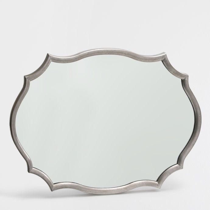 die besten 25 ovaler spiegel ideen auf pinterest wohnung schlafzimmer dekoration dunkle. Black Bedroom Furniture Sets. Home Design Ideas