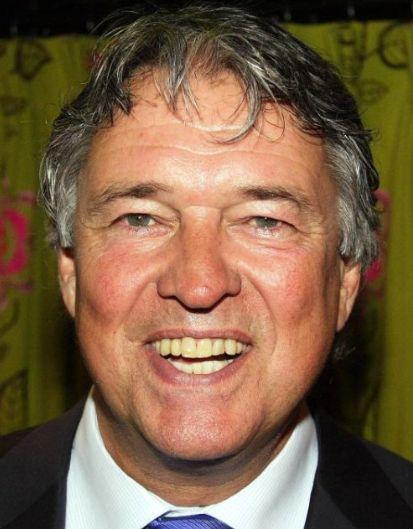Ron Brandsteder 19-05-1950 Nederlandse televisiepresentator, die tevens bekend is als acteur, komiek en zanger.