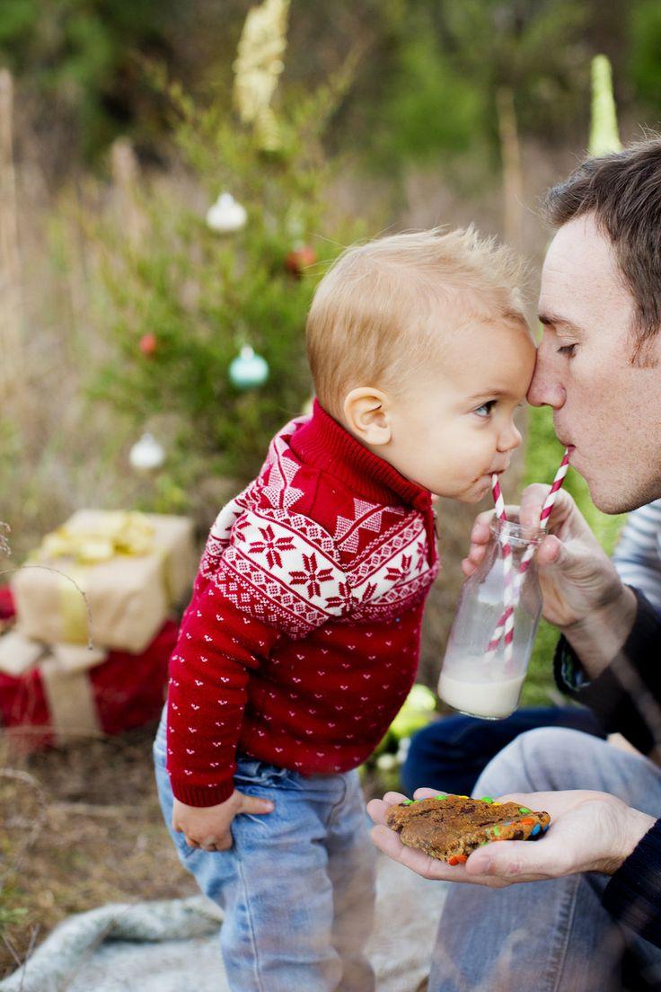 Cute Christmas card photograph idea