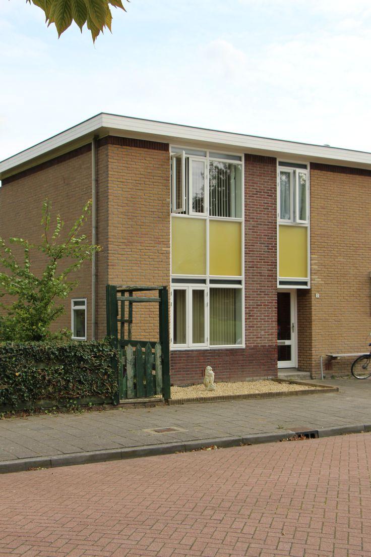Woningen ontworpen door Gerrit & Jan Rietveld in de Klaverhof in Nagele