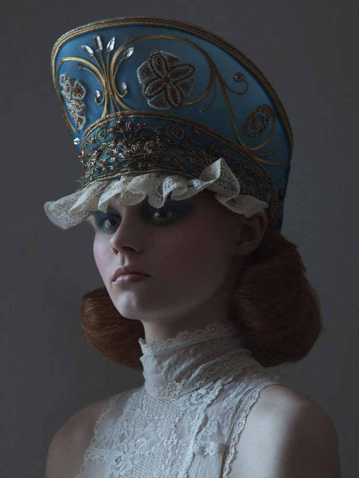 ⍙ Pour la Tête ⍙  hats, couture headpieces and head art -