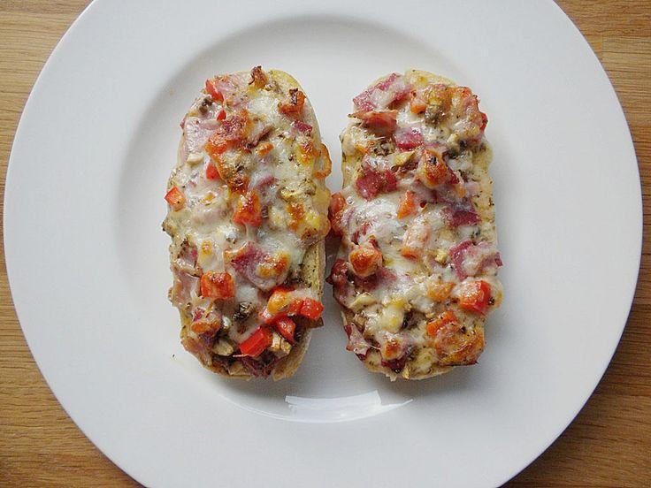 Superschnelle Pizzabrötchen, ein gutes Rezept aus der Kategorie Fingerfood. Bewertungen: 228. Durchschnitt: Ø 4,5.