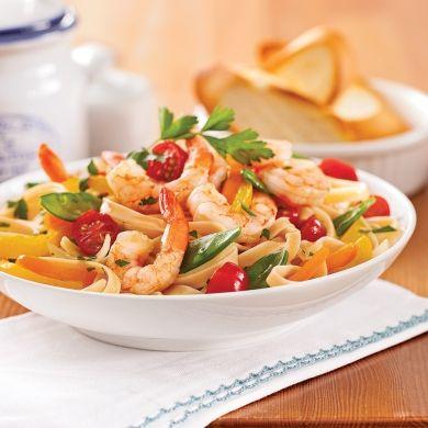 Fettucines aux crevettes et légumes - Soupers de semaine - Recette minceur - Recette express 5/15 - Pratico Pratiques