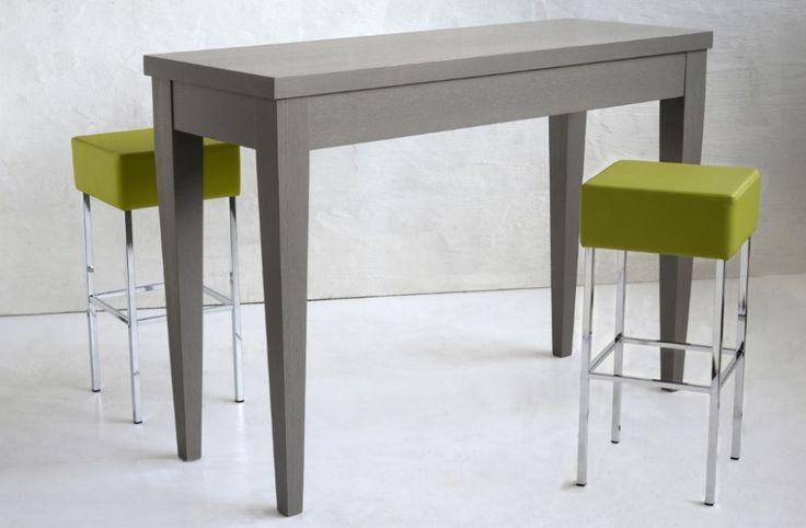 Table 215. Consolle or high table in veneered oak with dove-grey finishing. Tavolo 215. Consolle o tavolo alto impiallacciato in rovere con finitura tortora.