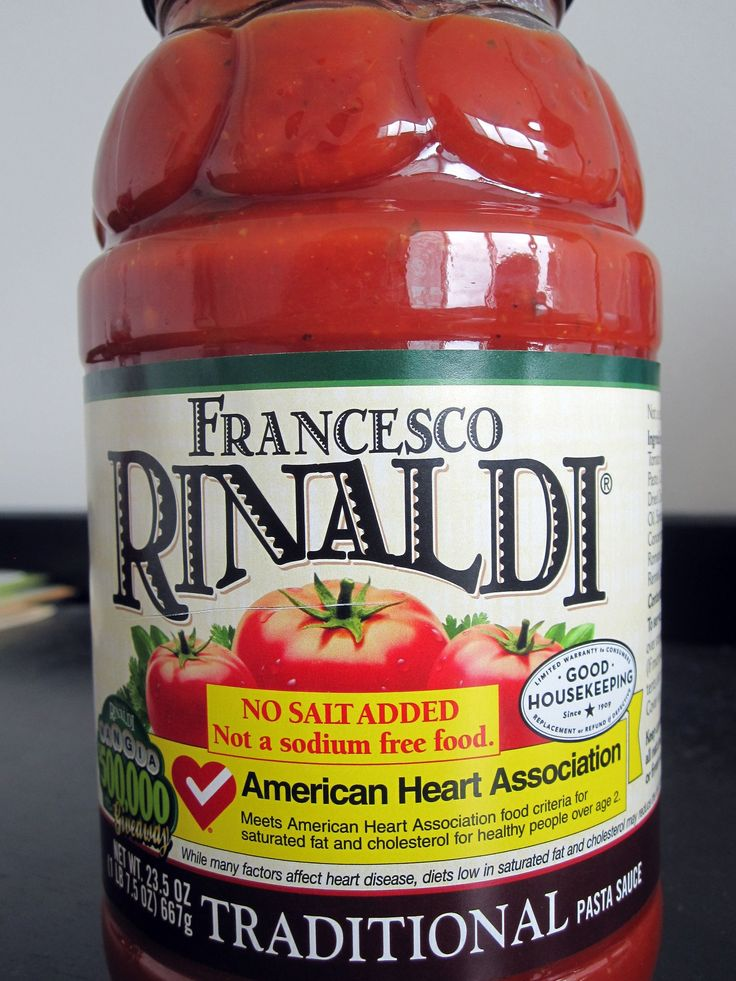 "Francesco Rinaldi ""No Salt Added"" Pasta Sauce: A GREAT find (from a mainstream brand) for anyone following a low-sodium diet for blood pressure or other health reasons. A ½ cup serving has 70 cals, just 40mg sodium, 2g fiber, and 6g sugar."