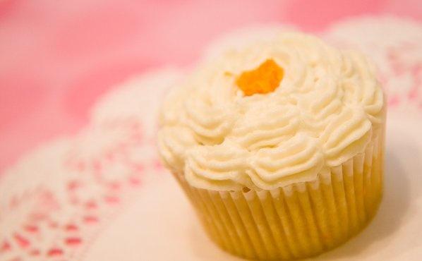 orange mimosa cupcakes | CAKES AND CUPCAKES | Pinterest