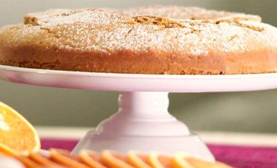Ciambella all'arancia, la ricetta dolce per la colazione! - LEITV
