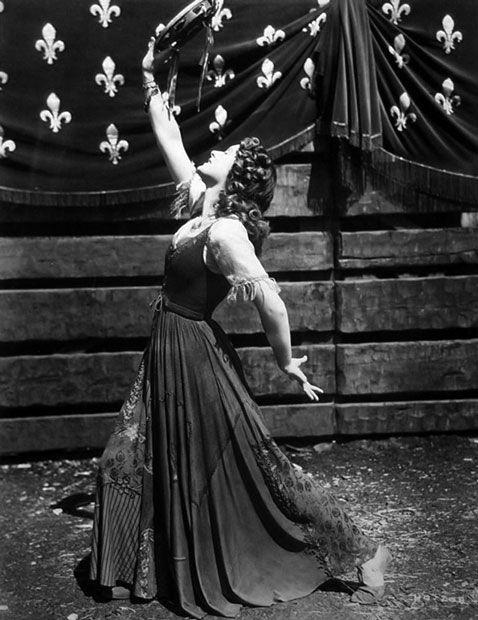 1939 Maureen o Hara - the Hunchback of Notre-Dame