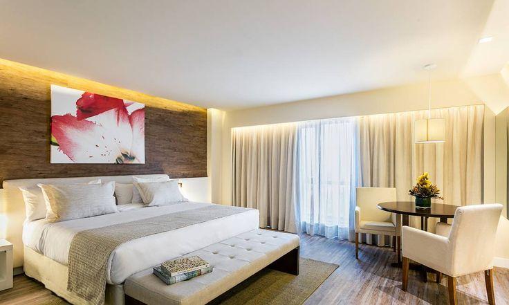 No Best Western Barra, a rede convocou outra estilista brasileira de renome, Lenny Niemeyer, para dar seu toque aos quartos. A designer especializada em moda praia investiu em linhos e tecidos crus para dar um toque despojado ao ambiente Tomas Rangel