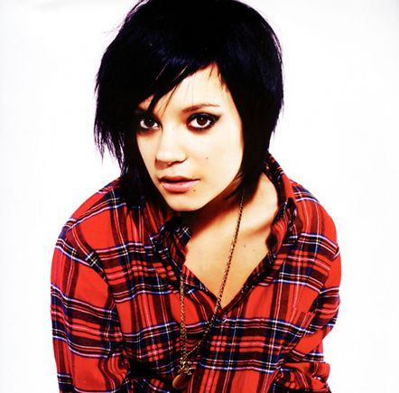 LIly Allen - hair style i am quite possibly considering :)