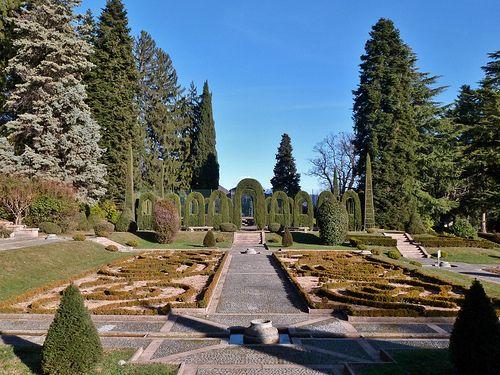 Varese Villa Toepliz   #TuscanyAgriturismoGiratola