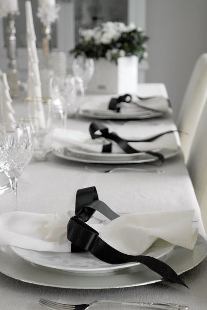 simple white with black table setting