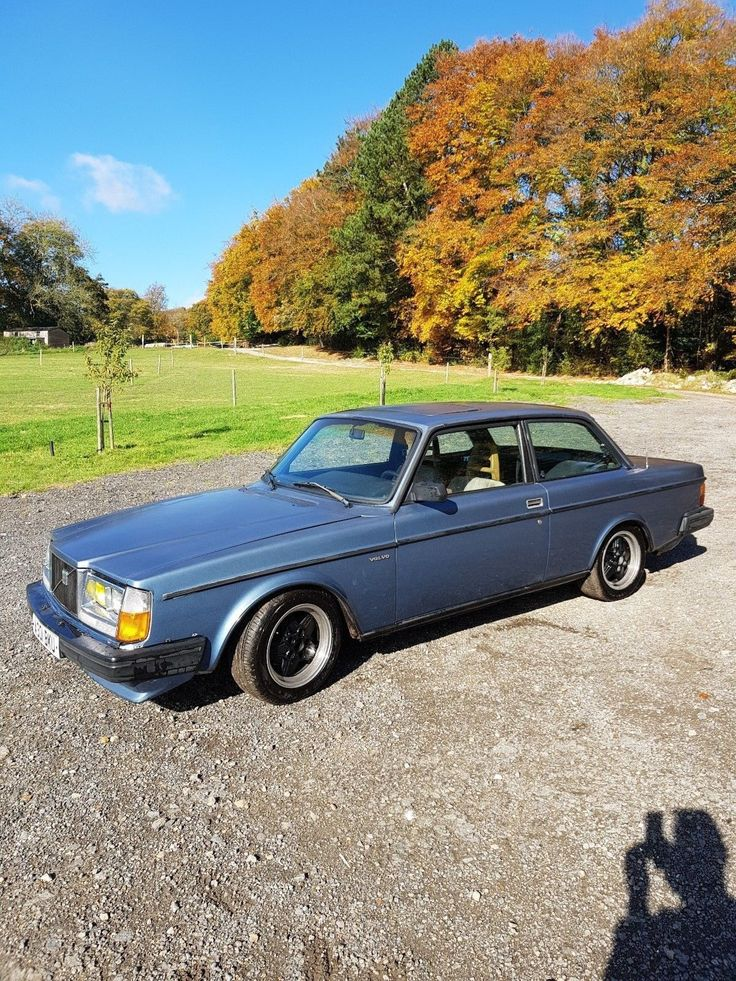 This 1984 volvo 242 turbo lhd rust free californian import is for sale.