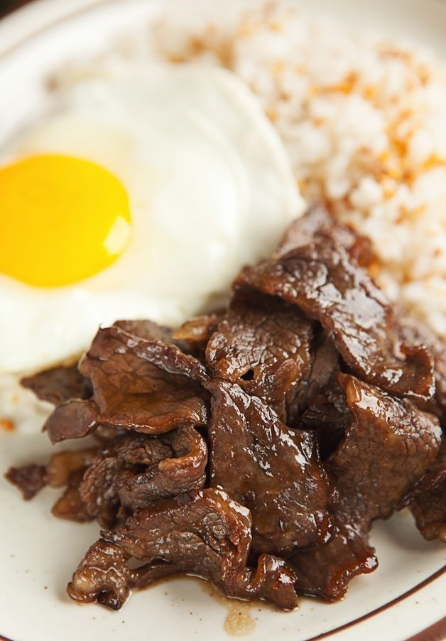 5. Arrange your fried rice, sunny eggs and beef tapa on a ...