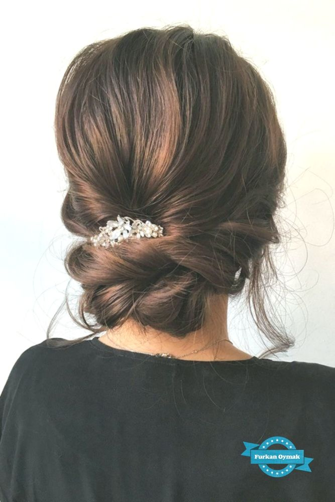36 Trendy sweep-back hairstyles