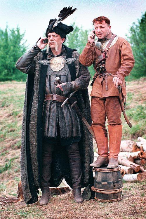 Wiktor Zborowski as Longinus Podbipięta and Zbigniew Zamachowski as Michał Wołodyjowski   [on set]