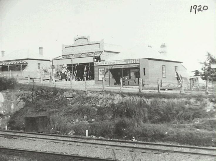 Morrow & Co General Store, Hazelbrook. Thruchley's Store under construction 1920
