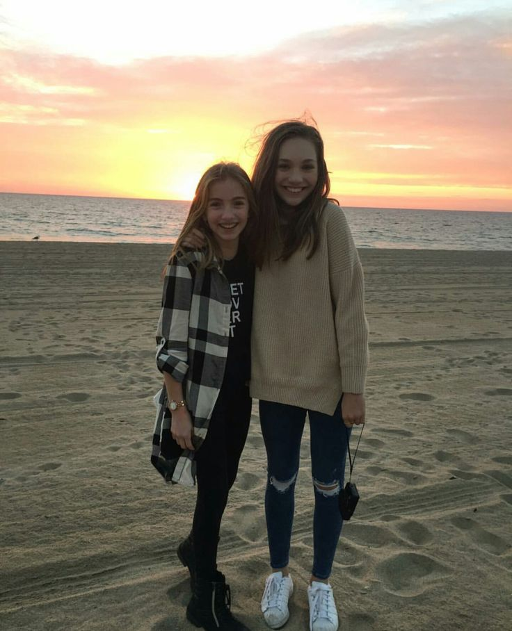 "maddie-ziegler-source: ""Maddie and Lauren Orlando Yesterday """