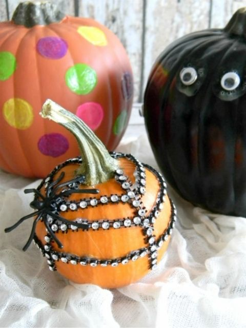 create fun no mess no carve halloween pumpkins with these 3 diy no carve pumpkin ideas