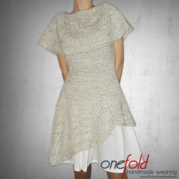 rochie asimetrica cu fusta larga
