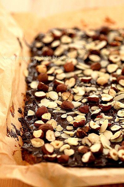 Karmelowe ciastka z orzechami