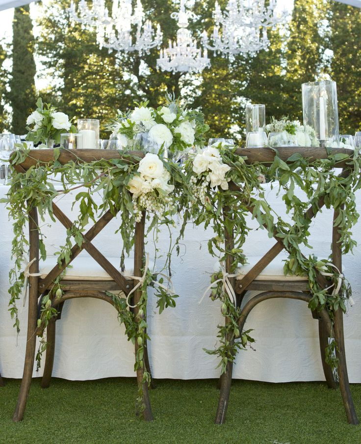 Cascading Floral Chair Garland | Holly Flora |  Aaron Delesie | TheKnot.com