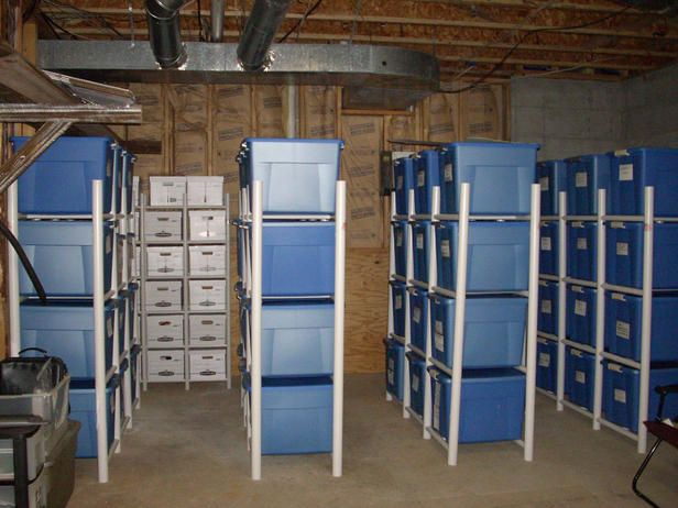 I want a basement just so I can organize it.  I would take pictures of every thing in the boxes and post it to the outside.