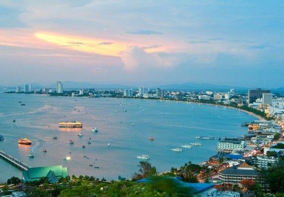 เลือกเที่ยวแบบไหนเมื่อไปเที่ยวหาดจอมเทียน | จองโรงแรมที่พักพัทยาราคาถูก | pattayabeachhotelgroup.com