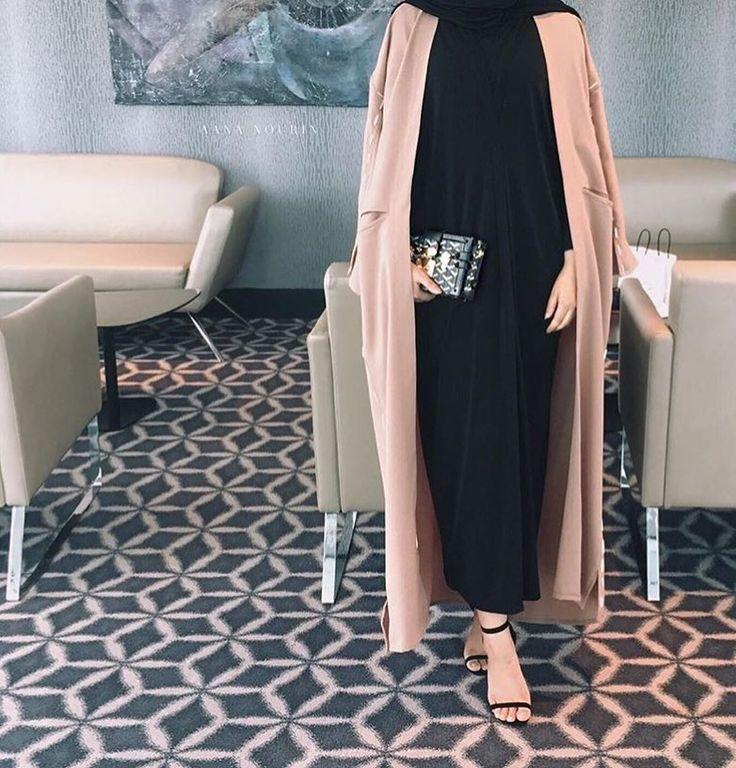 "63 Likes, 1 Comments - BeautiifulinBlack (@beautiifulinblack) on Instagram: ""@zaraazii —————————————————————— #abayastyle #abayafashion #modestfashion #modernabaya…"""