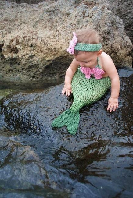 Baby crocheted  mermaid! Oh my goodness I love this shot and project for a little girl!