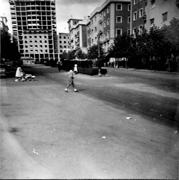 Vista de la calle virgen del sagrario al fondo el for Barrio ciudad jardin madrid
