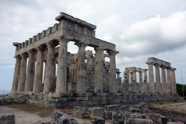 Photos and information on Aegina, a picturesque Greek island in the Saronic Gulf Islands of the Aegean Sea.