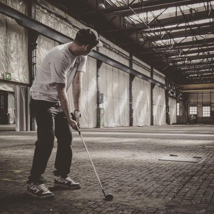urban-indoor-golf #almostgolf #citygolf #urbangolf #crossgolf #xgolf #offgolf #offgolfnews #golf #golfers #olympics #winterthur #asxgolf #golfsession #golfers #swiss #schweiz #andi #andy #indoor #holeinone #shot #bestday #shooter #royalurbangolf #urbangolfers #welovegolf