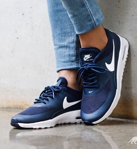 Nike Air Max Thea: Navy/White