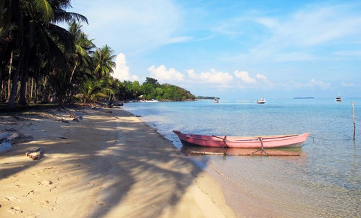 A view of Barracuda Beach on Pulau Kemujan to the north of the main island and connected by a bridge -- Photos by Peter...