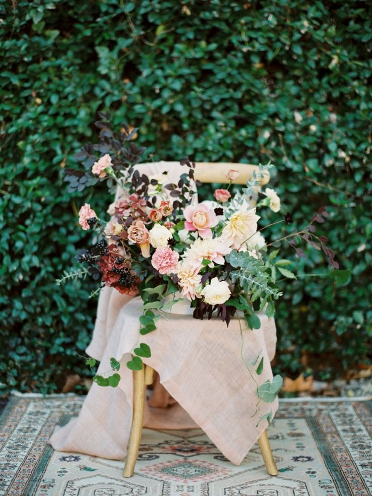 Garden rose, greenery, peony, ranunculus, and rose wedding bouquet: Photography : Michelle Boyd Photography Read More on SMP: http://www.stylemepretty.com/2017/03/21/texas-winter-garden-wedding/