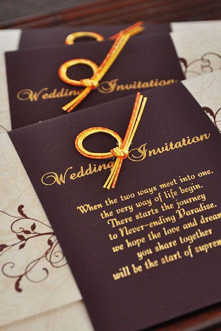 【エレガント招待状】 金色の水引をワンポイントにした高級感のある結婚式招待状