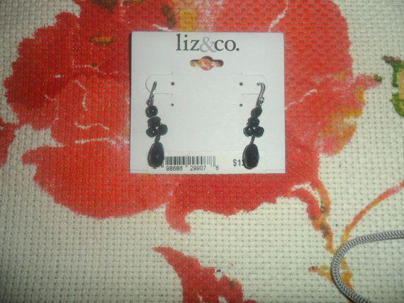 Black Dangling Earrings by Liz & co. by PandBTreasures on Etsy, $3.00