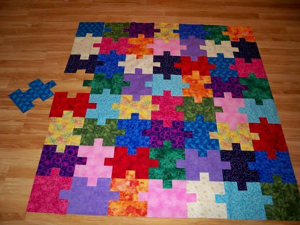 Puzzle Quilt variation - This would be PERFECT for a kid!! Love this!