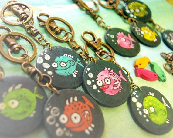 Handmade and hand painted under the sea colorful fish keyring by Agne Latinyte (aka yuujin, yuujinaga) on Etsy shop
