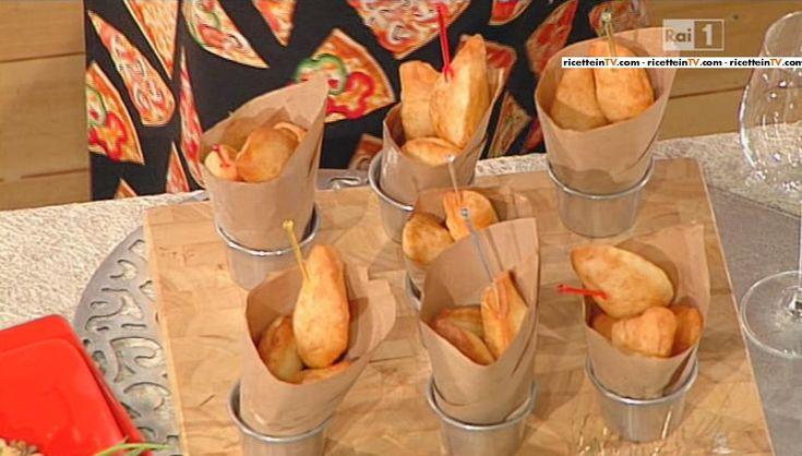 La ricetta delle frittelle di mozzarella di Gino Sorbillo del 30 dicembre 2014 – La prova del cuoco