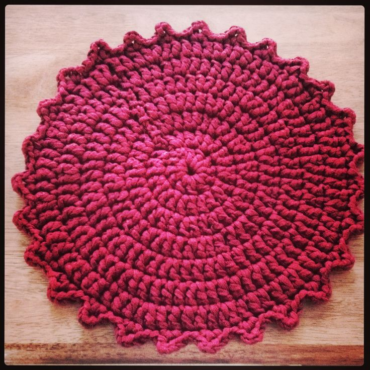 Crocheted tablemat. 1 done, 5 to go :)