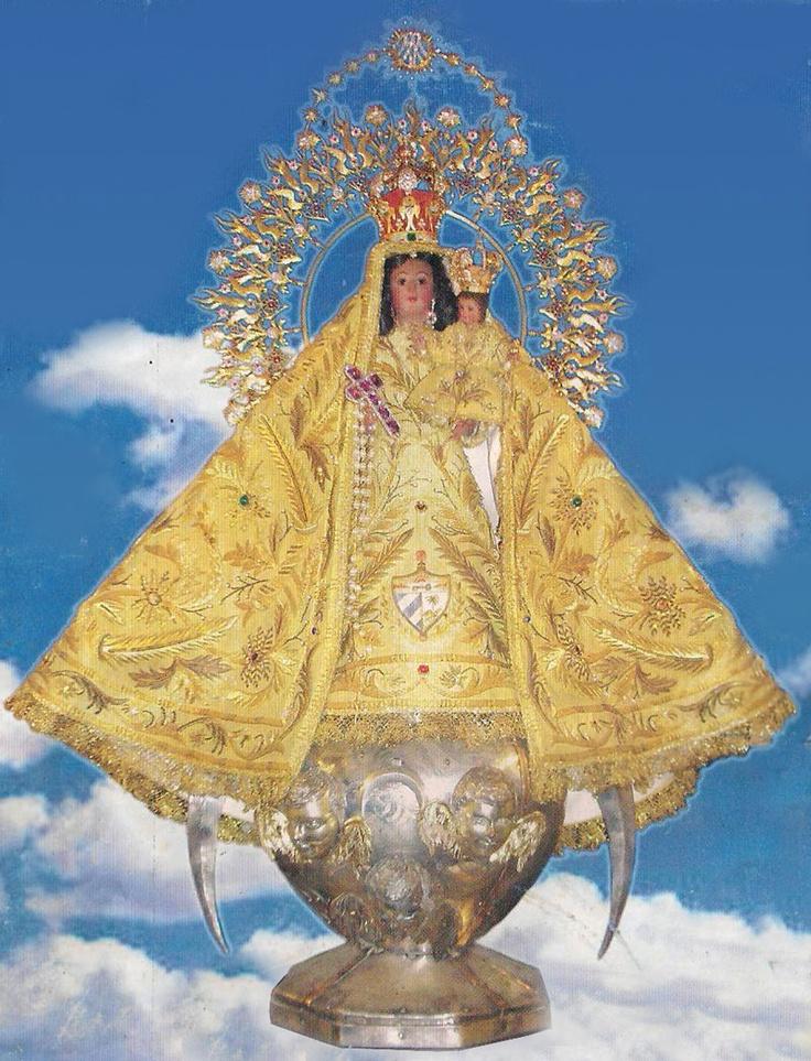 Imagen original de la Virgen de la Caridad que se conserva en la Basílica Santuario Nacional de Nuestra Señora de la Caridad del Cobre en Santiago de Cuba Lee más información en: http://norfipc.com/cuba/historia-de-la-virgen-de-la-caridad-del-cobre.html
