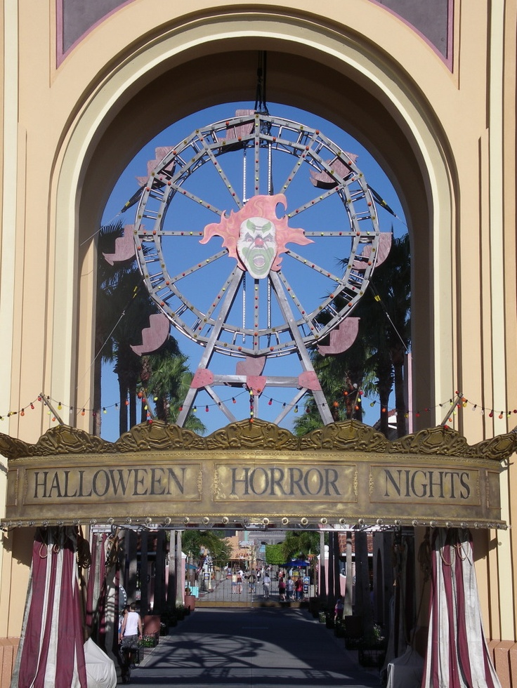 Universal Studios Florida Halloween Horror Nights I went this year in 2007...it was one of the best ones!